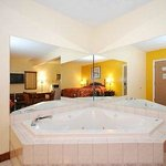  Jacuzzi in King Jacuzzi Room