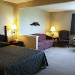  Mayville Inn Deluxe Suite