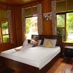 Bang Saray Village Resort resmi