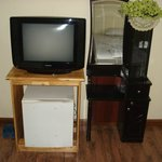  Tv and mini bar