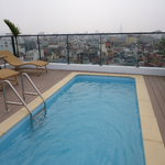  Smart pool on rooftop