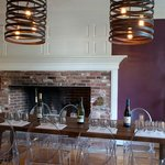  Kennebunkport B&amp;B tasting room, Captain Fairfield Inn