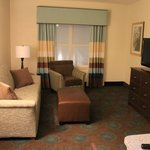  Hampton Inn &amp; Suites, Newport News - NEW Suites