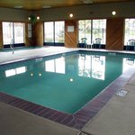 Holiday Inn Express Swimming Pool.
