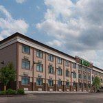 Holiday Inn Mount Prospect
