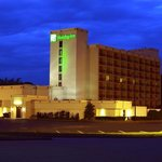  Holiday Inn Saddle Brook Hotel Exterior