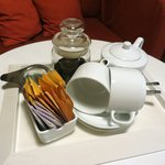 Sri Lankan looseleaf tea in our room