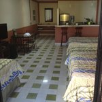  The Palacio room - 3 beds and a kitchen!