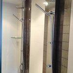  Dual shower units with 4 heads and rainforest shower in the No. 10 Penthouse Suite