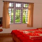 Broadway Hotel