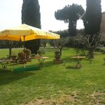  Giardino con vista sul laghetto interno e campo da Golf