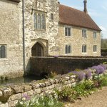 Ightham Mote - entrance