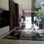 Hotel lobby: access to the restaurant