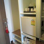 Nice fridge and servicable coffee - Ta.