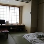  Nice Japanese room on 3rd floor, with a proper window and a view