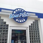  Monty&#39;s Blue Plate Diner