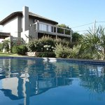 Villa Juana Bungalows & Suites