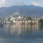  Lago con l&#39;isola di San Giulio