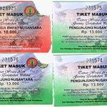  tickets for Tangkuban Perahu
