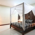 Rumah Besar Bali Villas
