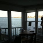 Notorious Annie's Waterfront Inn의 사진
