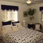 Breaside Court Bed & Breakfast