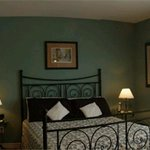 Slayter House Bed &amp; Breakfast