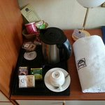  Free coffee and tea in the room