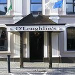 Photo de O'Loughlins Hotel