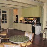 Bienville House - Breakfast Area