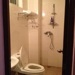 clean bathroom with good hot shower!