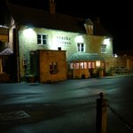  The Coach and Horses at Night