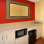 Wet bar area - King Suite