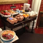 Light continental breakfast includ in the room rate