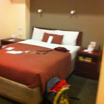 Room 4104 - Heritage Queen Room