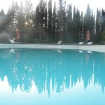  piscina al tramonto