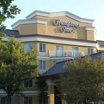 Hampton Inn Holland - Hotel Exterior