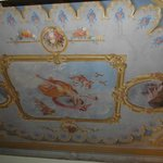  Henry James suite ceiling