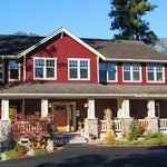  River Haus in the Pines, B&amp;B