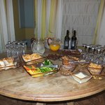 Complimentary Pre-dinner Snack at Harmony Hotel in Jerusalem