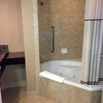  Very spacious bathroom with jacuzzi tub (King Suite)