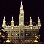 Rathaus. City hall.