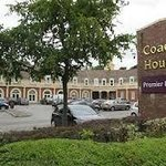 Premier Inn Manchester Trafford Centre South
