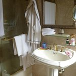  Bathroom, with robe &amp; makeup mirror