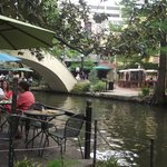  El River Walk