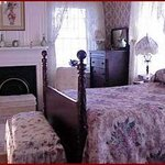 Ohio River House Bed and Breakfast