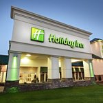  Holiday Inn Calgary Exterior