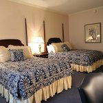 Nittany Lion Inn Deluxe Double Guest Room