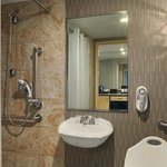  Accessibles Bathroom