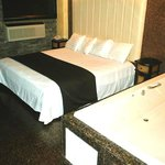  Whirlpool King Room
